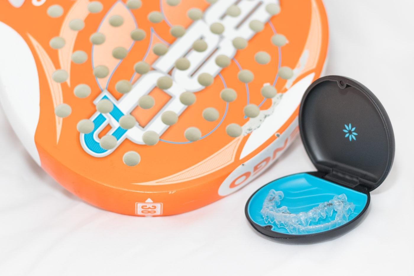 Alineador y raqueta de pádel