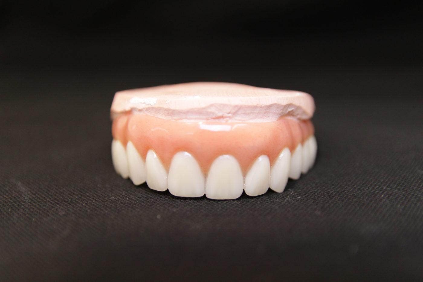 Limpieza de dentadura